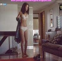 Mikaela Lupu de lingerie