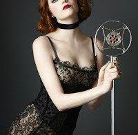 Emma Stone a promover o filme Cabaret