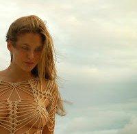 Mamas de Bar Refaeli (topless)