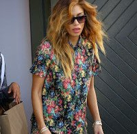 Nicole Scherzinger a passear por Los Angeles