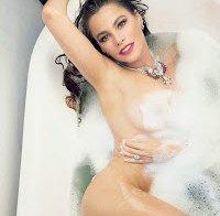 Sofia Vergara nua (Vanity Fair Maio 2015)