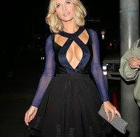 """Joanna Krupa """"exagera"""" no decote"""