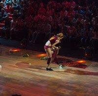 Sara Prata despe as calças no Dança Com as Estrelas