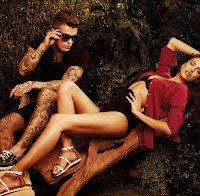 Irina Shayk boa como sempre em campanha de calçado