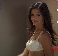 Eva Barros de lingerie (novela A Única Mulher)