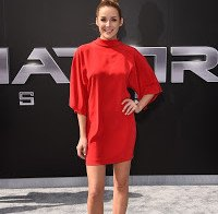 Sarah Dumont na estreia de Terminator Genisys