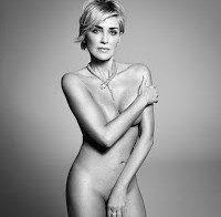 Sharon Stone nua (Harper's Bazaar Setembro 2015)