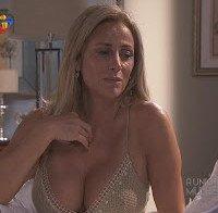 As mamas de Alexandra Lencastre (lingerie na novela Fascínios)