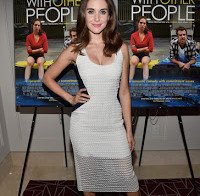 "Alison Brie nas filmagens do ""Sleeping with other People"""