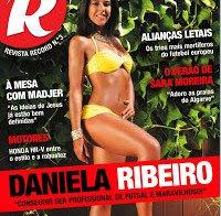 Daniela Ribeiro de biquini (Revista R nº 3)