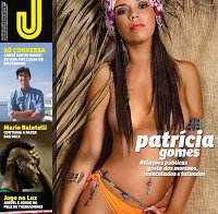 As mamas de Patrícia Gomes despida (topless na Revista J 471)