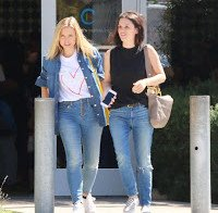 Kristen Bell e Rachel Bilson vistas juntas