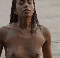 As mamas de Ana Sofia Martins (topless na novela A Única Mulher)