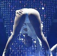 O rabo de Jennifer Lopez em palco