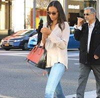 Zoe Saldana a passer por Los Angeles