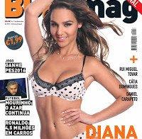 As mamas de Diana Paixão topless e lingerie (Buzz Mag 2015)