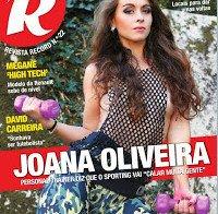 Joana Oliveira despida na Revista R