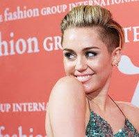 Woody Allen quer Miley Cyrus na sua nova série na Amazon