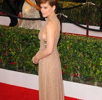Sideboob de Kate Mara