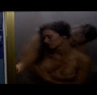 "As mamas de Cláudia Vieira (topless no filme ""O Contrato"")"