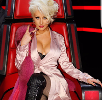 O decote de Christina Aguilera (The Voice 2016)