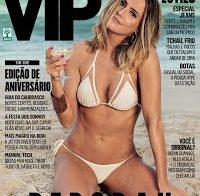 Deborah Secco de biquini (revista VIP Junho 2016)