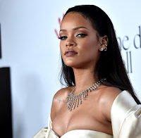 Rihanna não deixa ninguém apanhar Pokémons nos seus concertos