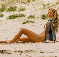 "Blake Lively de biquini no filme ""The shallows"""