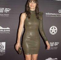 Jessica Biel com vestido justíssimo