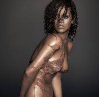 Recordando Rihanna nua (2011)