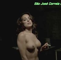 As mamas de São José Correia topless (2010)