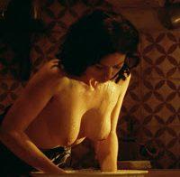 """Monica Bellucci nua no filme """"Malena"""""""