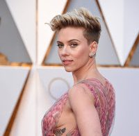 Sideboob de Scarlett Johansson