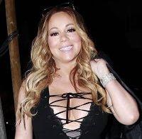 Mariah Carey com decote enorme