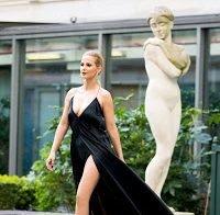 Cristina Ferreira de vestido sensual