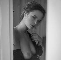 Jana Jung topless