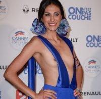 Abigail Lopez muito ousada em Cannes