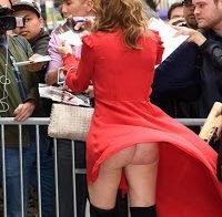 Connie Nielsen e o seu lindo traseiro