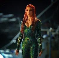 """Amber Heard no novo filme """"Aquaman"""" uma total sereia"""