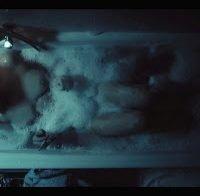 As mamas de Anabela Moreira topless na banheira (Filha da Lei)