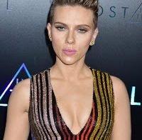 """Scarlett Johansson: as mulheres são rotuladas de """"oferecidas"""" por ter uma atitude sexual saudável"""