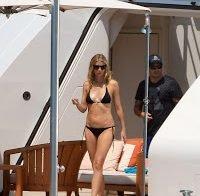 O corpo de Gwyneth Paltrow de biquini
