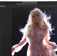 Kylie Jenner de roupa transparente