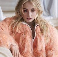 """Sophie Turner, actriz Sansa Stark no GoT, odeia Hollywood, porque diz """"todos estão no teu rabo"""""""