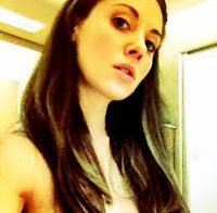 Alison Brie nua (fotos roubadas)
