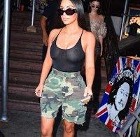 Kim Kardashian: mais uma saída à rua, mais uma vez sem soutien