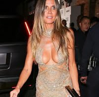 Heidi Klum abusa no decote