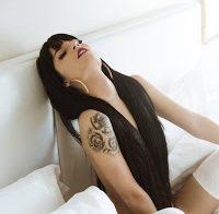 Tatiana Neves nua em mais um ensaio