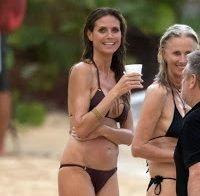 Heidi Klum de biquini aos 44 anos