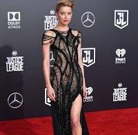 Amber Heard muito sexy na estreia da Liga da Justiça